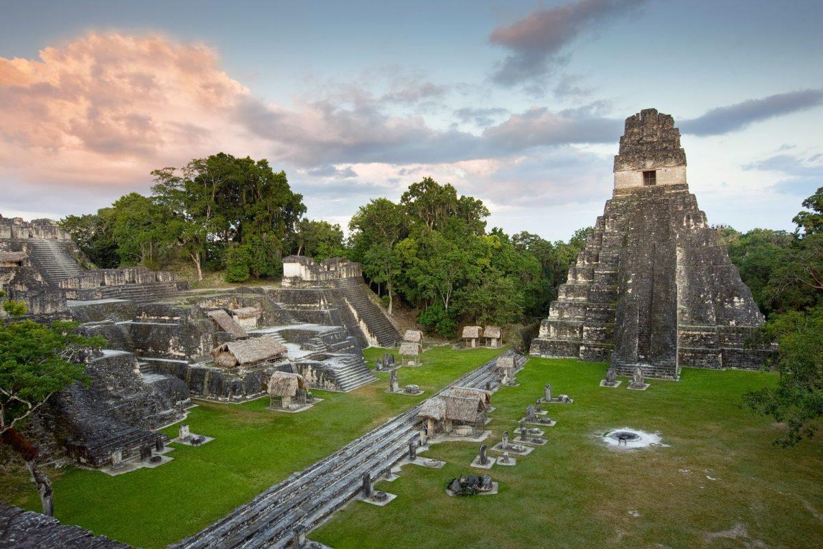 Un viaje por las ruinas Mayas de Tikal en Guatemala