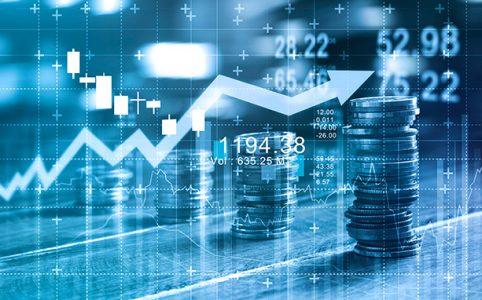 monedas y gráficas de finanzas